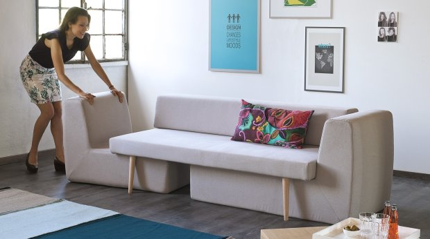 Modu�owa sofa Divano, kt�r� mo�na roz�o�y� na trzy niezale�ne siedziska, Formabilio, wz�r