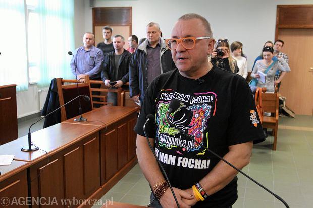 z20330918Q,Jerzy-Owsiak-podczas-rozprawy