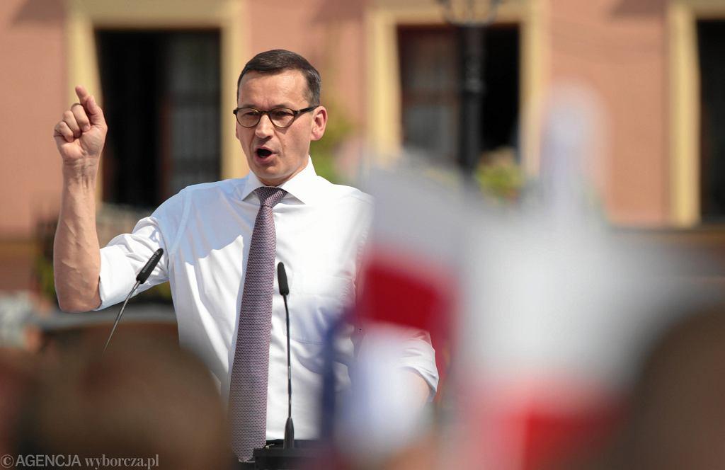 Premier Mateusz Morawiecki w Sandomierzu na konwencji wyborczej Prawa i Sprawiedliwości