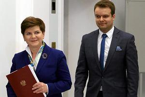 Komisarz wyborczy wygasił mandat radnego rzecznikowi rządu