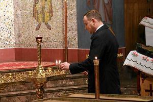 Prezydent w Hajn�wce. Andrzej Duda modli� si� w prawos�awnym soborze