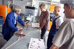 Za mało młodych stawia na kształcenie zawodowe