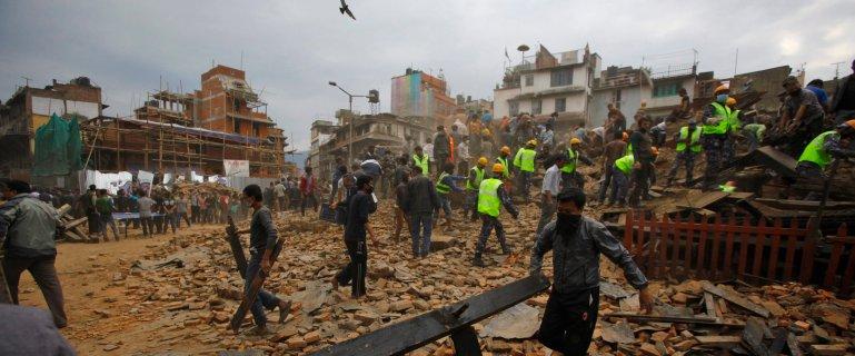 """Tydzie� temu do Nepalu przybyli sejsmolodzy, by ostrzec przed katastrof�. """"Koszmar musia� si� zi�ci�"""""""
