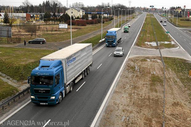 Komisja Europejska pozwała Polskę za brak rejestru firm transportowych