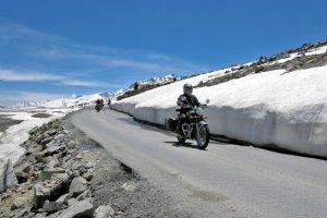 Podróże: motocyklem przez Himalaje