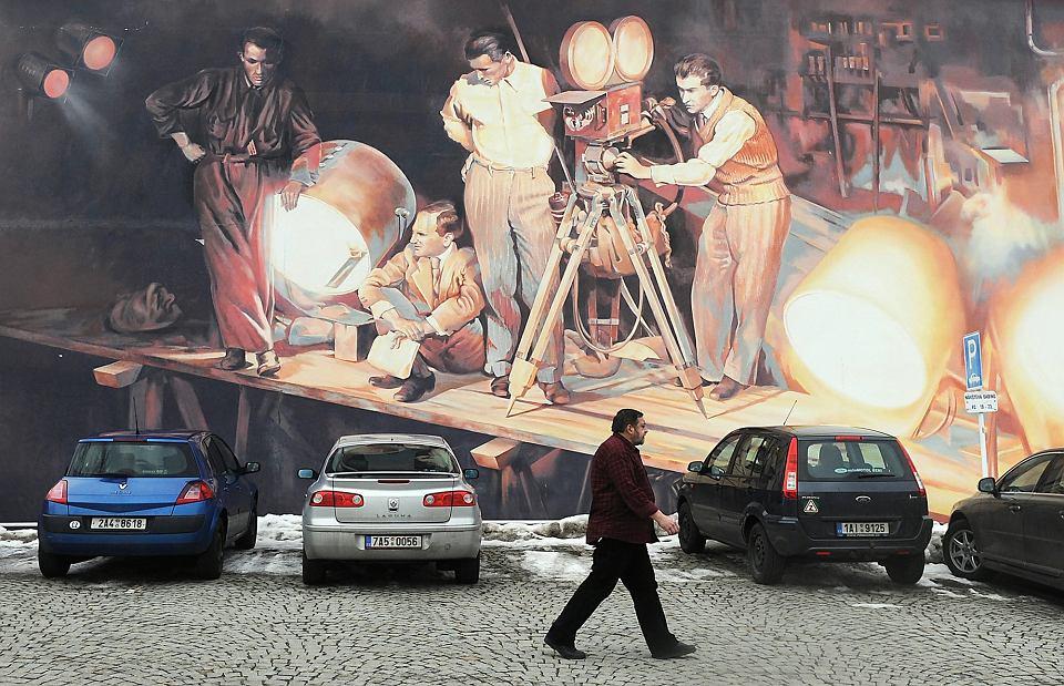 Graffiti na temat wytwórni filmowej Barrandov, Praga, 2010 r.