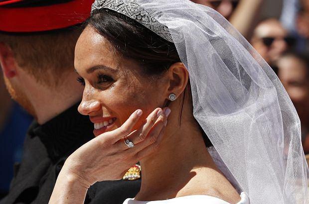 Goście weselni księcia Harry'ego i księżnej Meghan zamówili pizzę. Zdjęcie dostawców podbija internet.