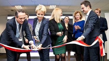 5 października 2017, uroczystość otwarcia Centrum Usług Wspólnych koncernu Whirlpool w Łodzi. Na zdjęciu od lewej: Mirco Megni (Whirlpool), Hanna Zdanowska (prezydent Łodzi), Renata Woźniak (Whirlpool) i Andrea Marciandi (dyrektor CUW Whirlpool)
