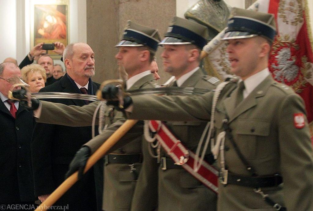 Minister Obrony Narodowej Antoni Macierewicz (fot. Przemek Wierzchowski/Agencja Gazeta)
