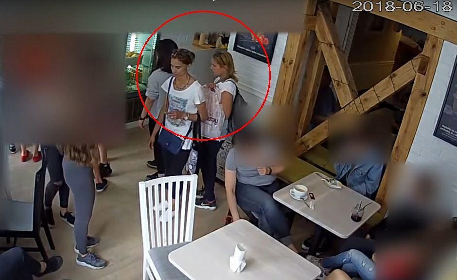 Policja opublikowała wizerunek dwóch kobiet, które mogą mieć związek z kradzieżą