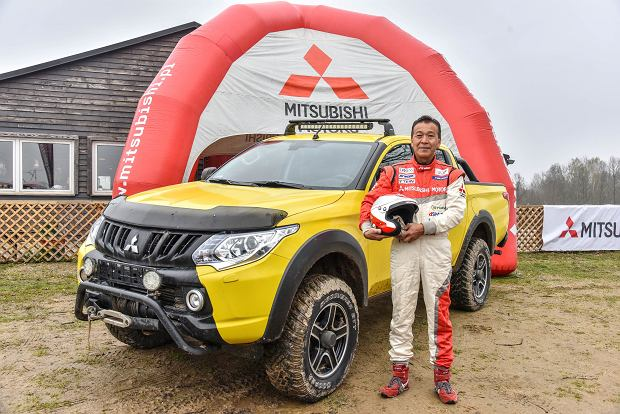 Mitsubishi świętuje 100.urodziny   Spotkanie z mistrzem Dakaru