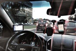 Spo�eczno�ciowe taks�wki? Firma Uber wozi pasa�er�w w Krakowie