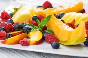 Fruktoza - naturalna s�odycz, kt�ra budzi w�tpliwo�ci