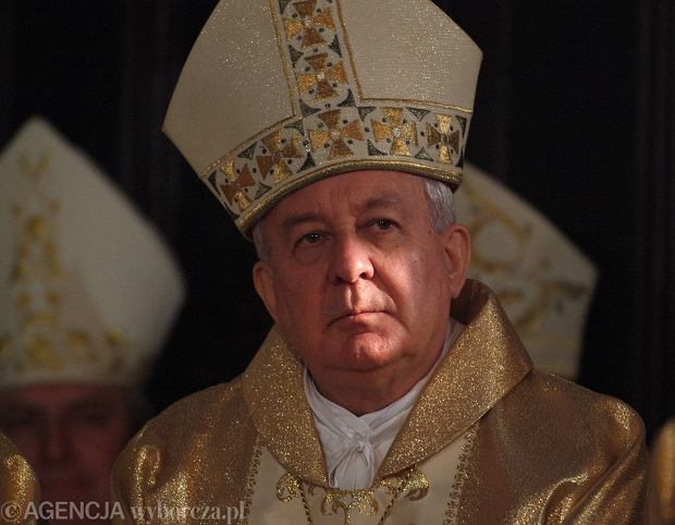 Abp Juliusz Paetz na obchodach rocznicy chrztu Polski. Nuncjatura apostolska interweniuje