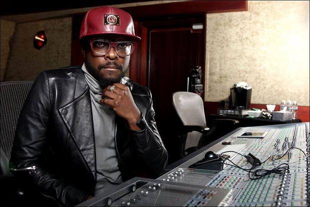Artystyczne wybory, których dokonywał w ostatnich latach will.i.am, nie przypadły do gustu części osób ze środowiska hiphopowego. Ostatnio popularnego producenta i wokalistę skrytykował serią krótkich wiadomości na Twitterze lider kolektywu Odd Future Tyler, The Creator.