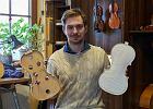 Dzieciństwo spędził wśród 300-letnich skrzypiec. Ma zaledwie 26 lat, a już jest jednym z najlepszych lutników na świecie