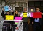 Protest przed kurią przeciwko księżom pedofilom