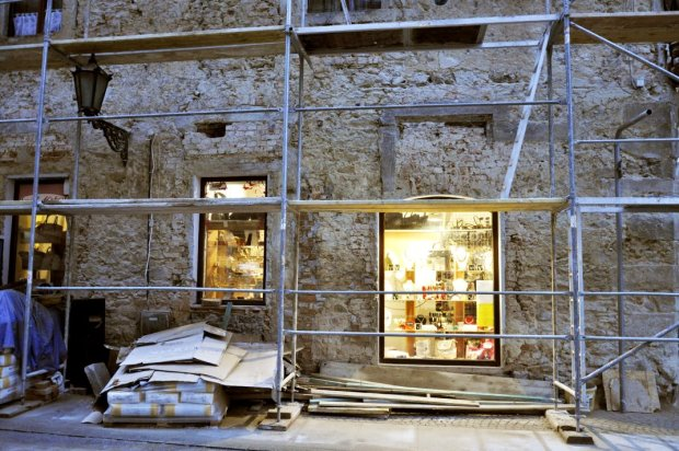 Zdjęcie numer 1 w galerii - Odkryli przepiękną średniowieczną kamienicę w centrum Świdnicy. To skarb