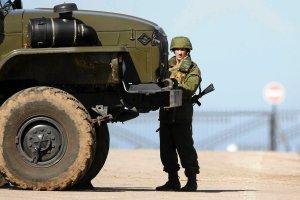 Prezydent Rosji zdobywa Krym, ale traci Ukrain�