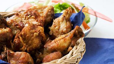 Kurczak na piknik w pikantnym sosie