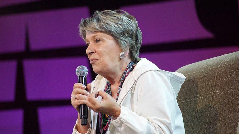 """Dr Irena Eris tak�e na Woodstocku. """"P�ac� moim ludziom tyle, ile mog�. I oni to rozumiej�"""""""