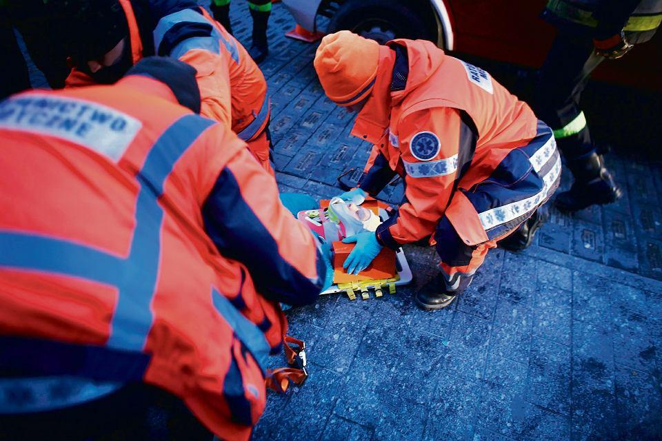 Pokaz ratownictwa medycznego podczas 23. Finału Wielkiej Orkiestry Świątecznej Pomocy, Łódź, 11 stycznia 2015
