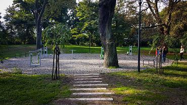 Park przy ul. Niemierzyńskiej w Szczecinie