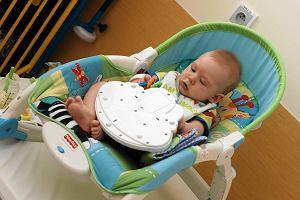 Dzieci w szpitalach nadal spocone. Nie wsz�dzie s� cho�by rolety