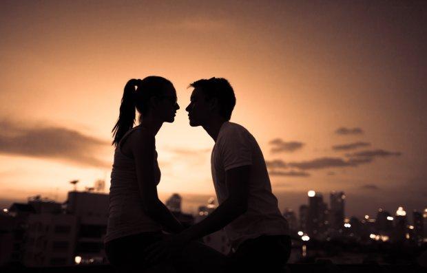 Czego m�czy�ni obawiaj� si� najbardziej na pierwszej randce?
