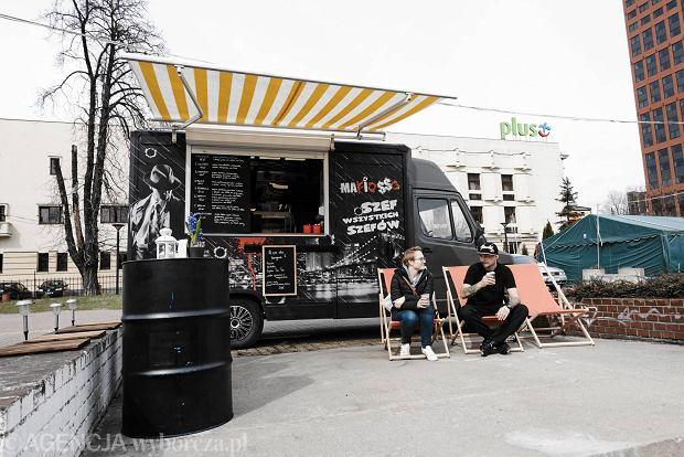 mafiosso nowy food truck przy piotrkowskiej zdj cia. Black Bedroom Furniture Sets. Home Design Ideas