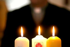 Ksiądz ukradł, Kościół nie odda. Jak PFRON stracił miliony na współpracy z Caritasem