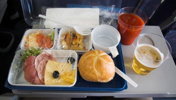 荷兰zoover旅游公司对欧洲各国航空公司提供的飞机餐