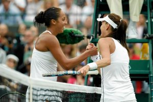 Wimbledon 2015. Radwa�ska - Muguruza. Gem, set, gramy o fina�