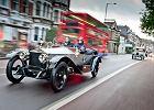 Rolls-Royce - legendarne, luksusowe samochody jadą przez Polskę