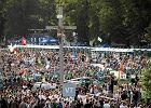 Czy Kraków znowu czeka spór o papieski krzyż na Błoniach?