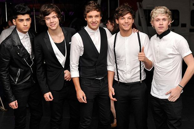 One direction ta czy zumb for Ze kitchen galerie dress code