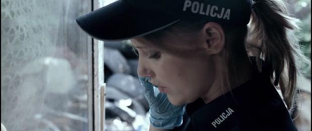 """""""Pitbull: Niebezpieczne kobiety"""" do kin wejdzie 11 listopada tego roku, nie trzeba jednak czekać do premiery, bo przepowiedzieć sukces kolejnej produkcji Patryka Vegi. W środę na Facebooku reżyser udostępnił zwiastun filmu, w ciągu 17 godzin od publikacji obejrzano go już ponad 2 miliony razy! Czy Wy wybierzecie się do kina? W nowym """"Pitbullu"""" oprócz znanych z poprzedniej części Piotra Stramowskiego, Mai Ostaszewskiej czy Andrzeja Grabowskiego zobaczymy: Alicję Bachledę-Curuś, Magdalenę Cielecką, Joannę Kulig czy Annę Dereszowską."""