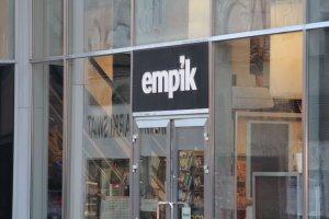 Właściciel Empiku sprzedaje sklepy Smyk i Gandalf