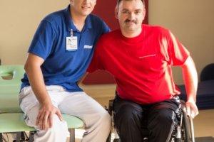 Świadczenia NFZ dla pacjentów ze schorzeniami neurologicznymi. Co ci się należy za darmo?