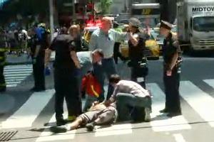 Nowy Jork. Samochód osobowy wjechał w przechodniów. 13 osób rannych w wypadku, jedna nie żyje