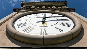 Zmiana czasu. Kiedy przestawiamy zegarki?