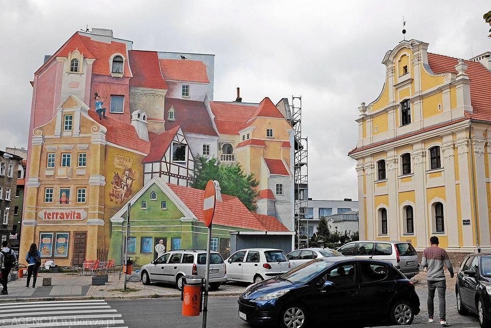 Tr bacz na dachu czyli nowy mural na r dce zdj cie nr 3 for Mural na tamie w solinie