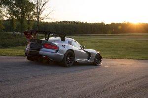 Dodge Viper ACR | Rekordzista na 13 torach