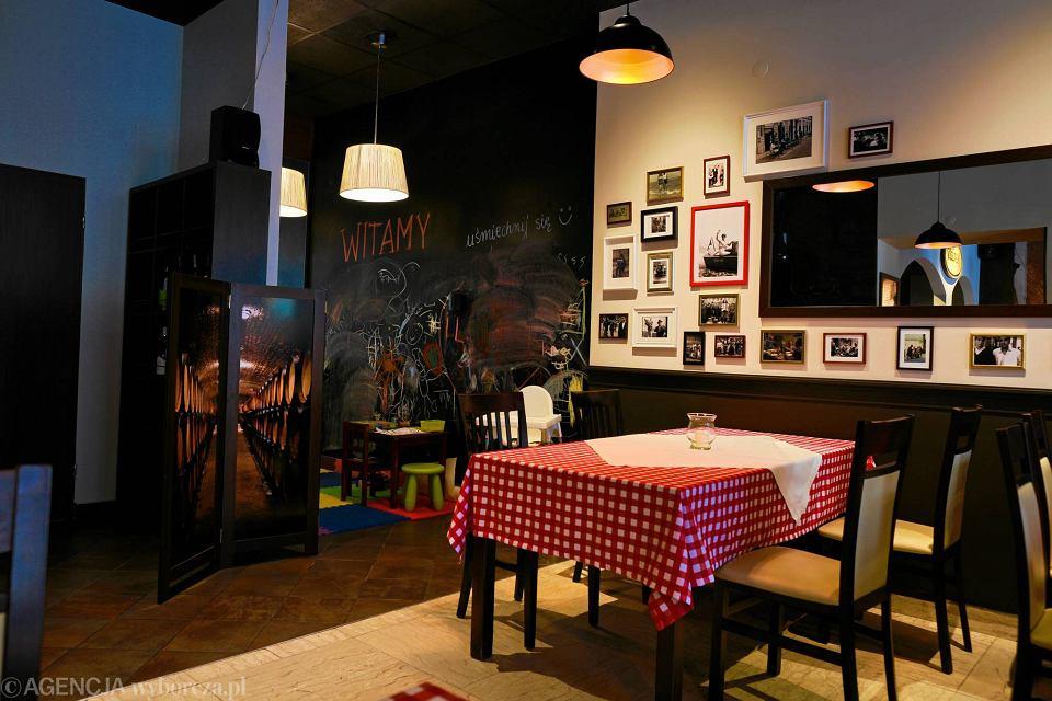 Restauracja Angelo Wloska Kuchnia Przy Woonerfie Zdjecia