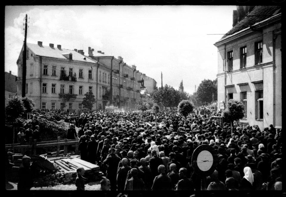 16 czerwca 1938 roku. Procesja Bożego Ciała w Białymstoku