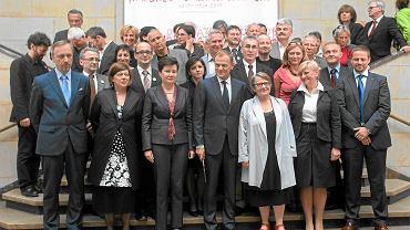 Podpisanie 'Paktu dla kultury' w Muzeum Narodowym w Warszawie, 14 maja 2011 r. Rząd Donalda Tuska zobowiązał się wówczas do odpolitycznienia Telewizji Polskiej