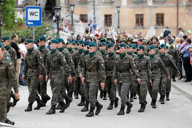 Zdjęcie numer 12 w galerii - Wojskowe pojazdy i broń. Legia Akademicka jedzie na Anakondę [ZDJĘCIA]