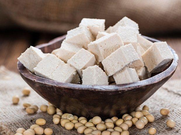 Tofu - warto w��czy� do diety?