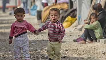 Dzieci cierpiące w skutek działań wojennych w Syrii.