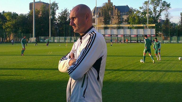 Grzegorz Szamotulski obserwuje trening Legii
